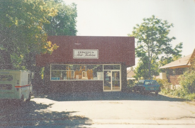 1604 Princeton Avenue, when it was a beauty salon.