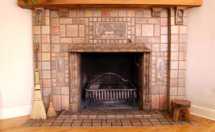 Arts and crafts fireplace tile surround images for Arts and crafts fireplace tile